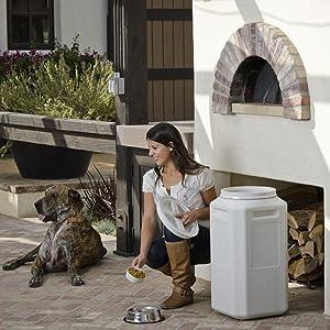 vittles vault, vittles vault 80, pet food container, food storage container, dog food storage
