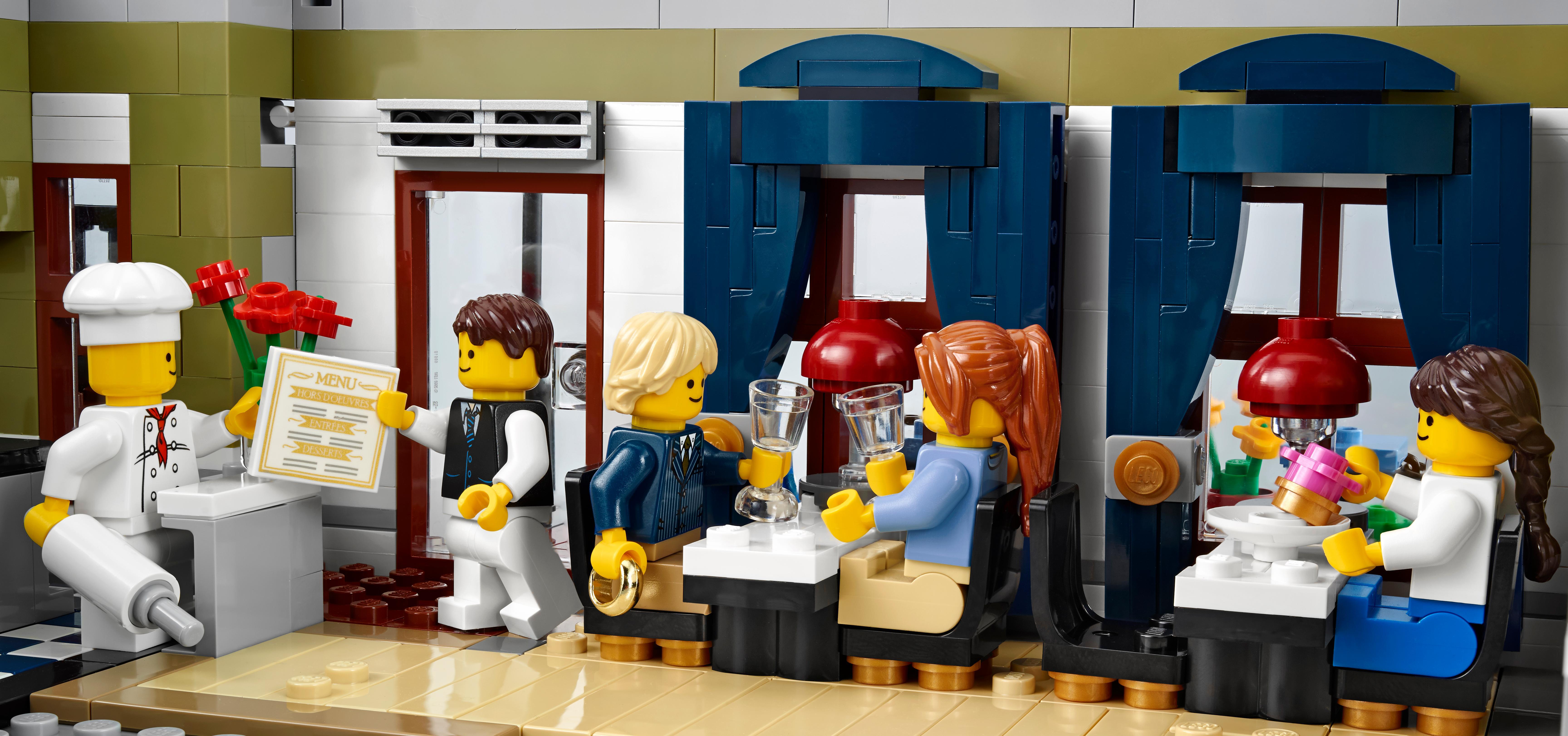Toys For Restaurants : Amazon lego creator expert parisian restaurant