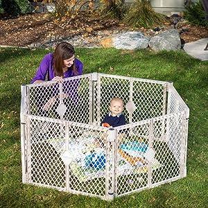 Play yard; baby safe play; superyard
