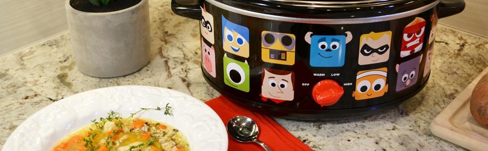 Amazon Com Disney Pixar Oval Slow Cooker 7 Quart Black