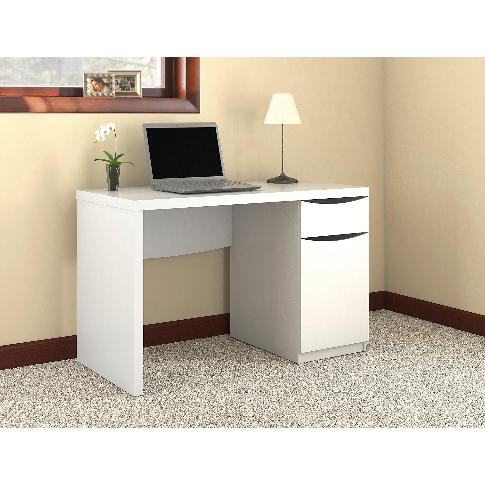 Amazon Com Montrese Computer Desk Kitchen Amp Dining
