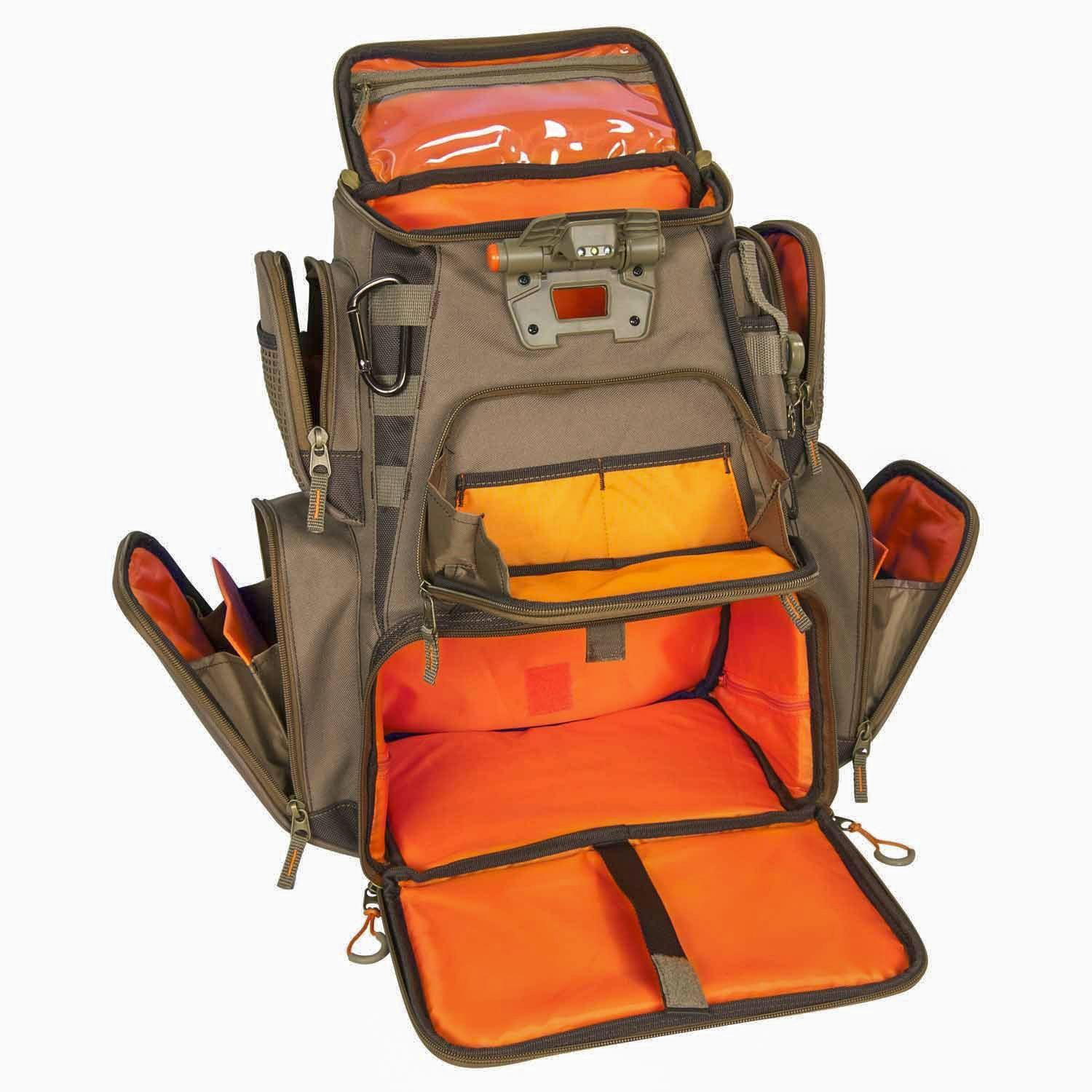 Custom leathercraft wild river by clc wt3604 for Fishing tackle box backpack