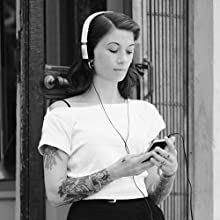 B&O Play by Bang & Olufsen Form 2i MoMa Iconic Desigh On Ear Headphones music audiophile listen