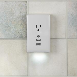 Amazon rca wp2unlwf usb wall plate with night light white bonus night light this rca wall plate mozeypictures Gallery