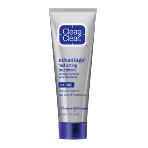 CLEAN & CLEAR ADVANTAGE fast Acting Acne treatment