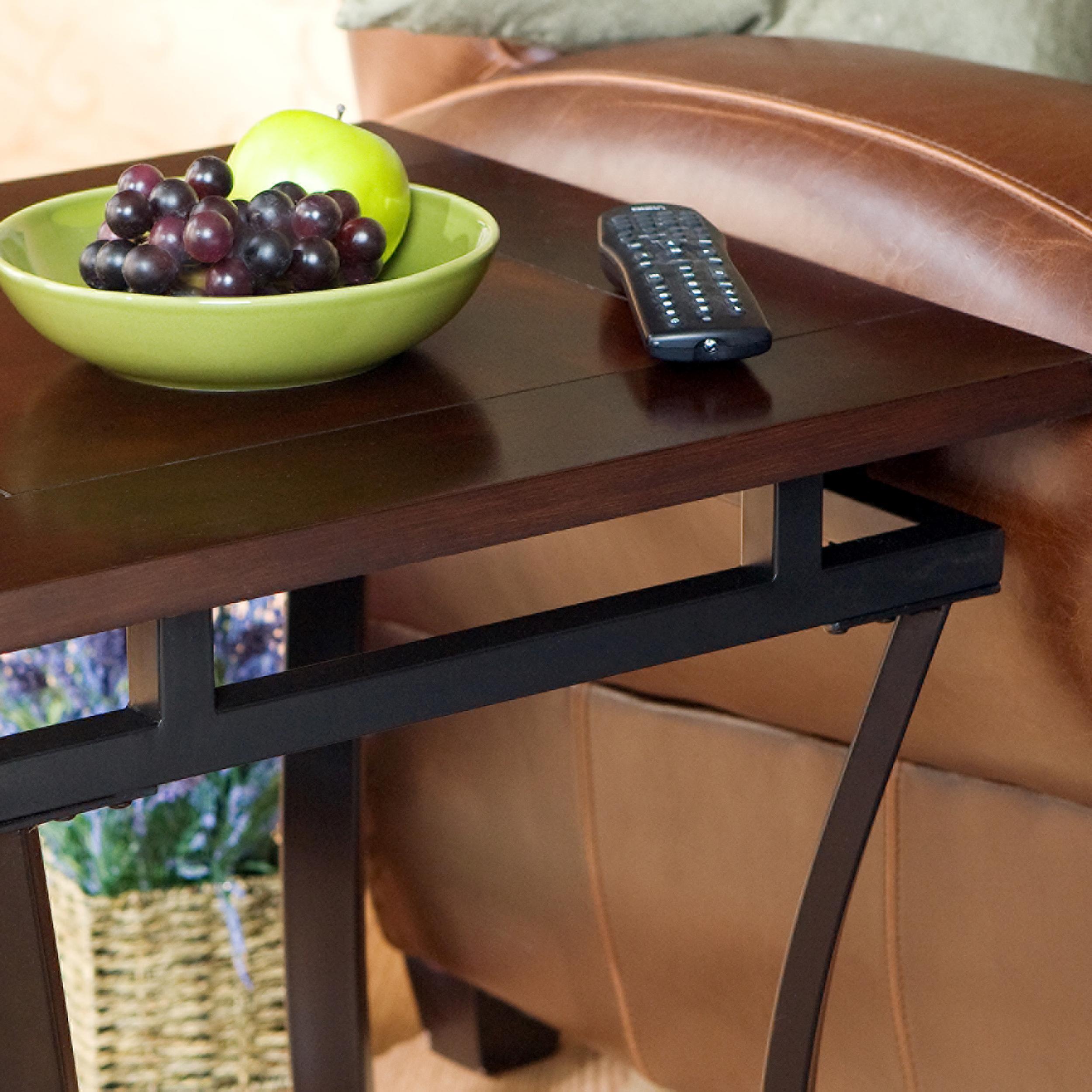 Amazon Com Sei Modesto End Table Kitchen Amp Dining