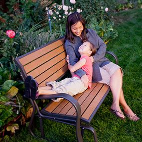 Amazon Com Lifetime 60055 Outdoor Glider Bench 4