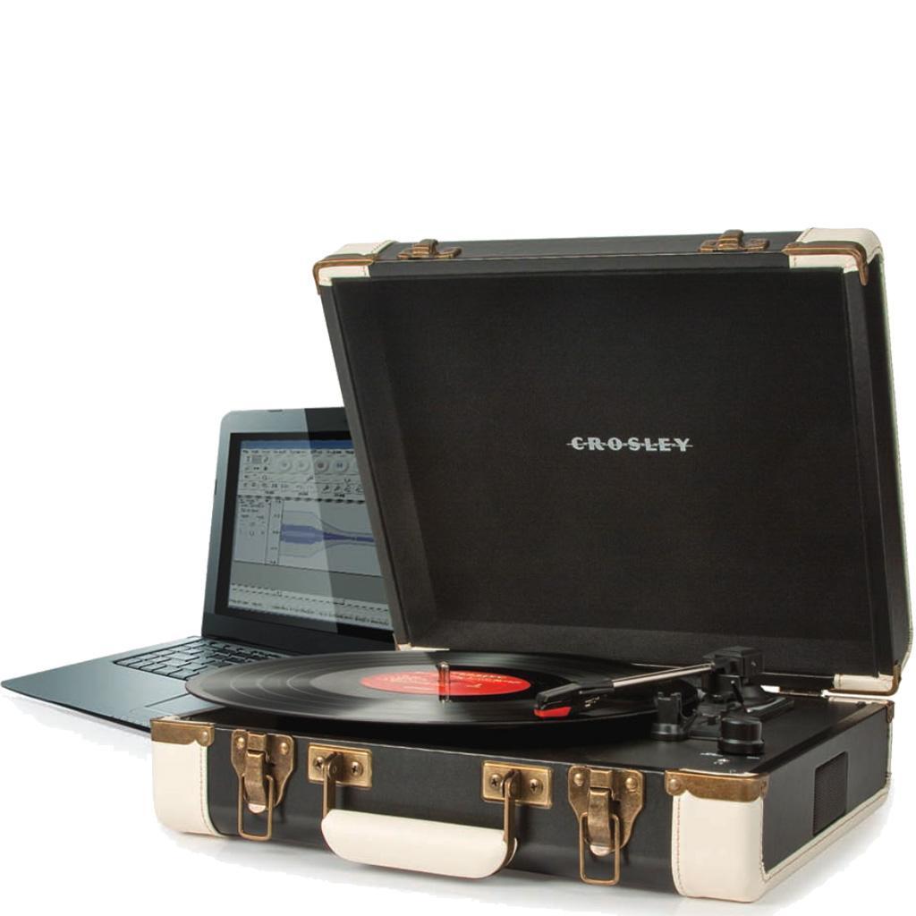 Amazon Com Crosley Cr6019a Br Executive Portable Usb