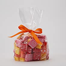 Make Starburst candies gift bags for holidays, parties or any celebration.