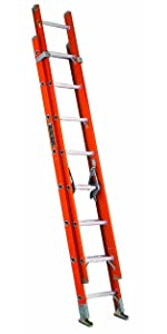 Type IA Fiberglass extension ladder