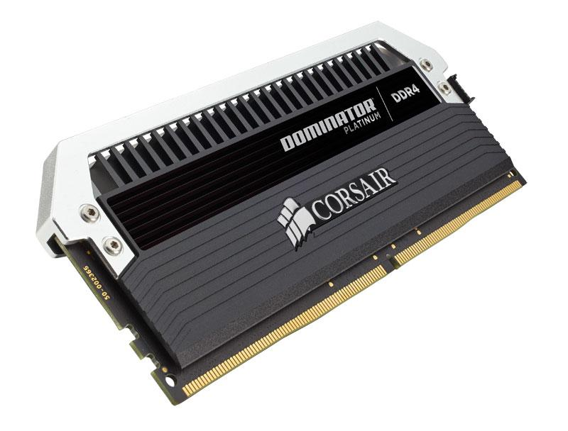 Corsair DOMINATOR Platinum Series 16GB (4 x 4GB) DDR4 2666 (PC4-21300