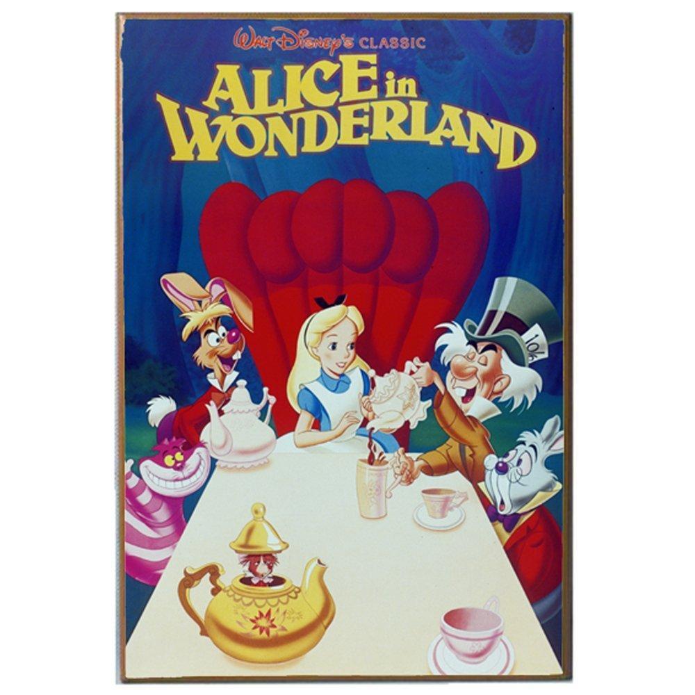 Alice In Wonderland Movie: Amazon.com: Silver Buffalo AW0436 Disney Alice In