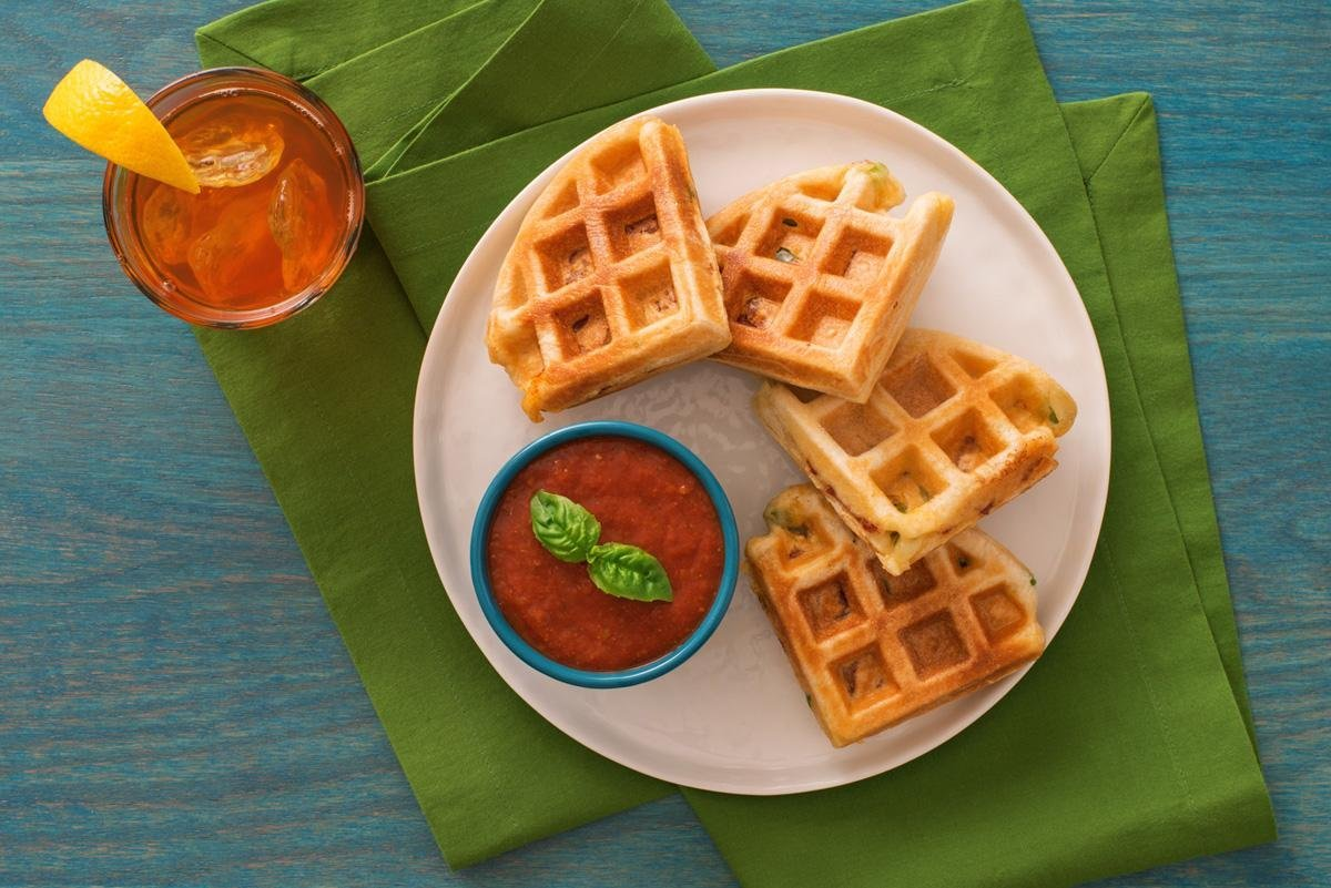how to use oster flip belgian waffle maker