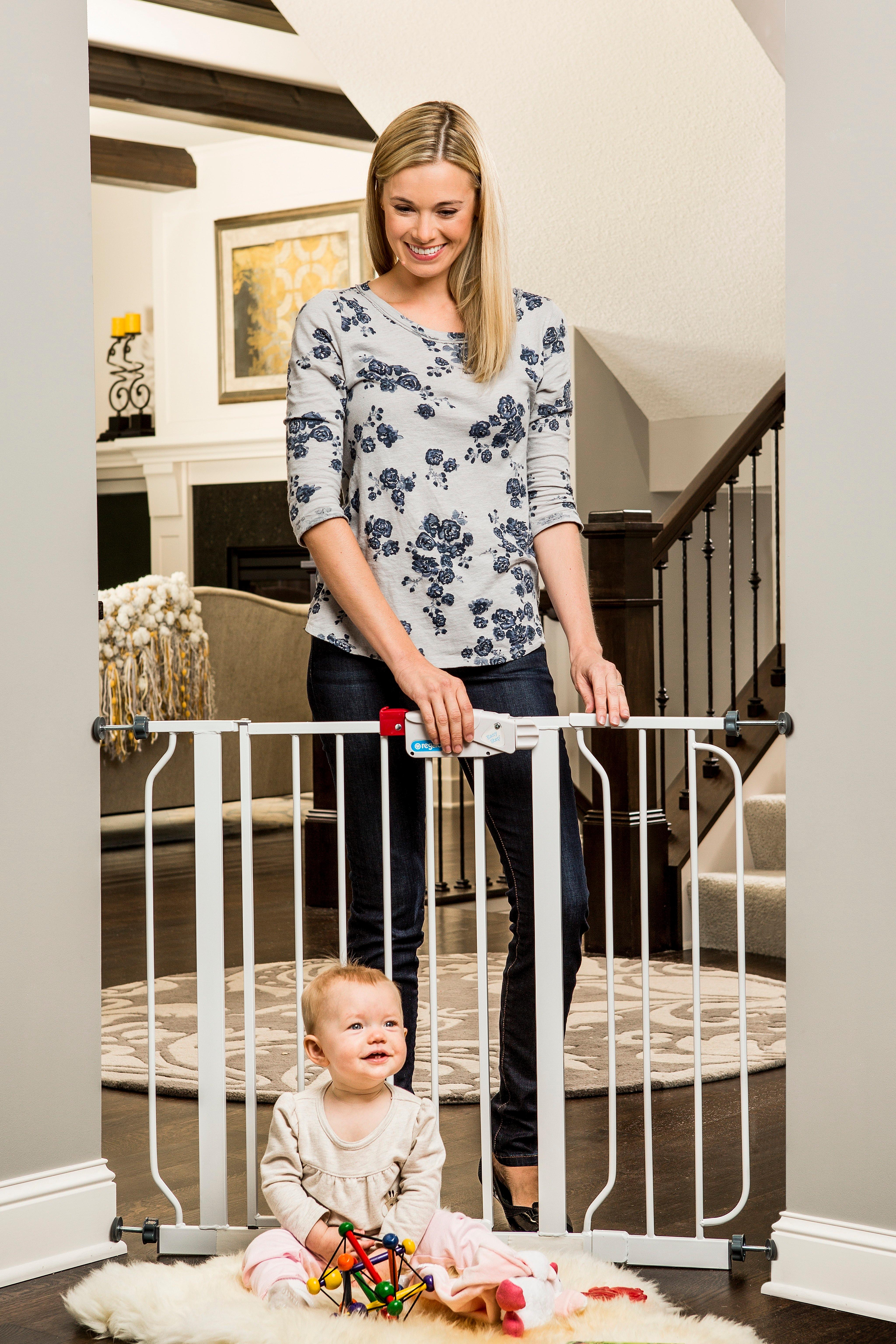 Baby Safety & Health Baby Gates With Swing Door Modern Regalo Easy Step Walk Thru Doorways Safety