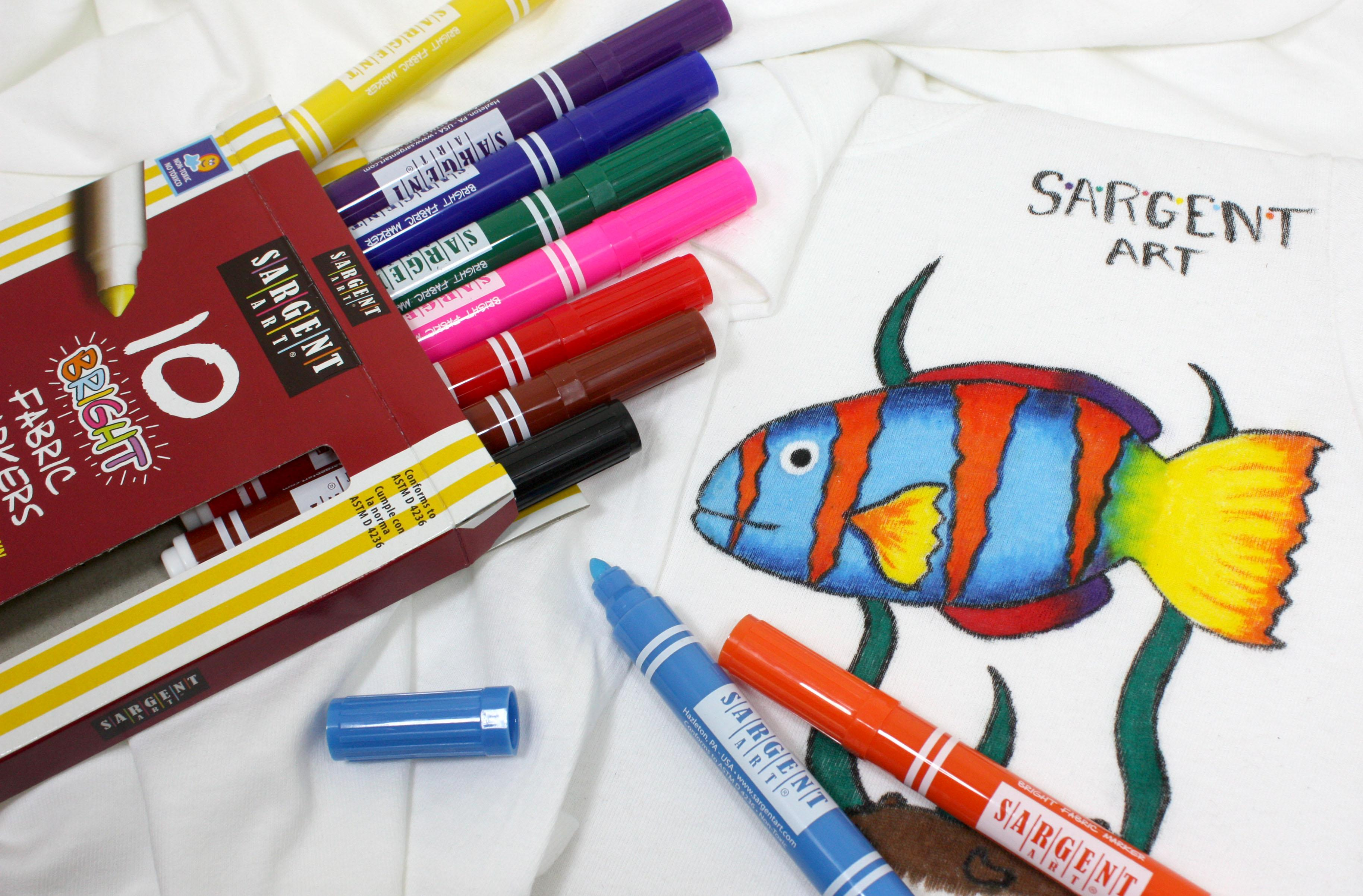 how to use fabric paint markers