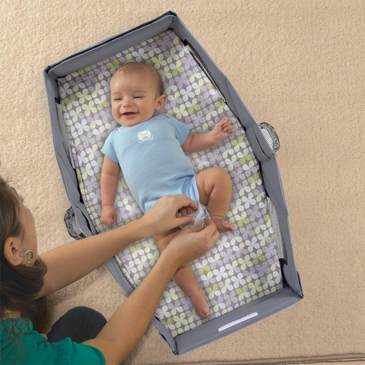 how to get your infant to sleep in their bassinet