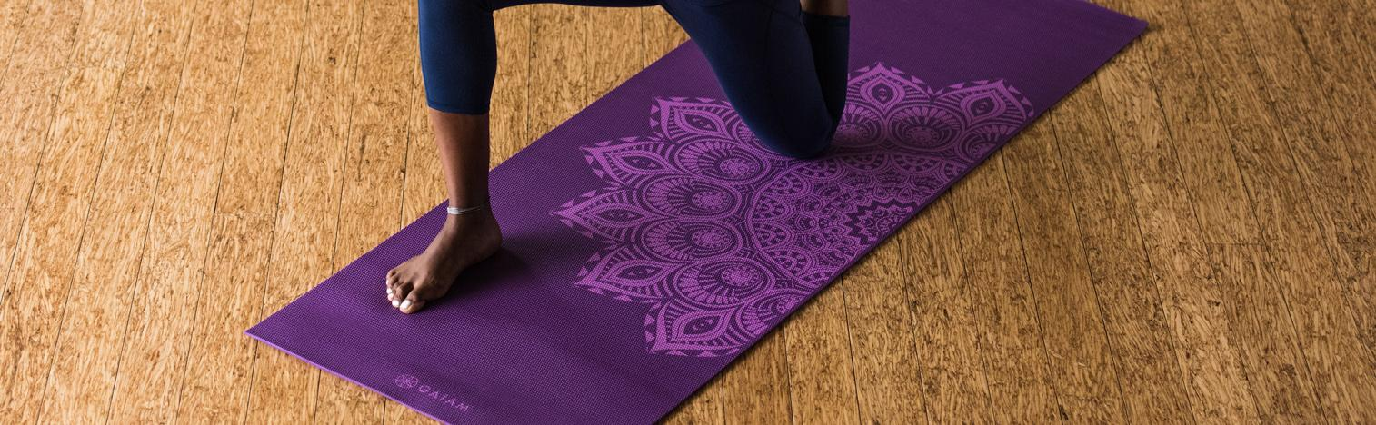 Amazon Com Gaiam Print Premium Yoga Mats 5mm Sports