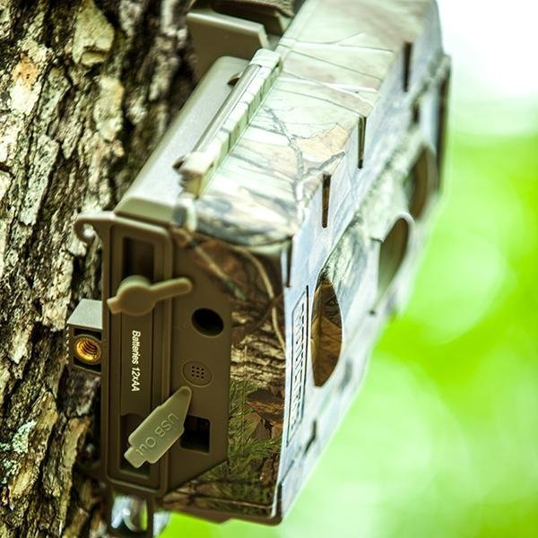Moultrie Mobile Wireless Field Modem Mv1 >> Amazon.com : Moultrie D-80 White Flash Trail Game Camera -14MP : Sports & Outdoors