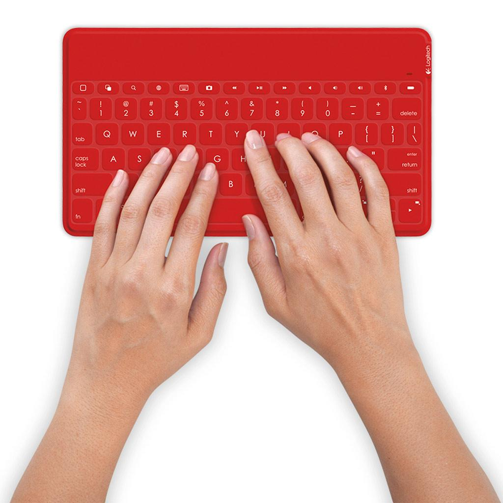 how to clean sticky keys on apple keyboard
