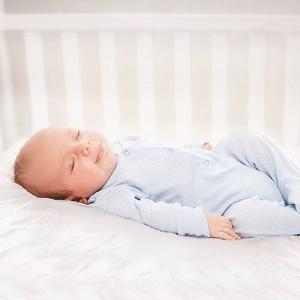Amazon Com Serta Perfect Sleeper Crib Wedge Baby