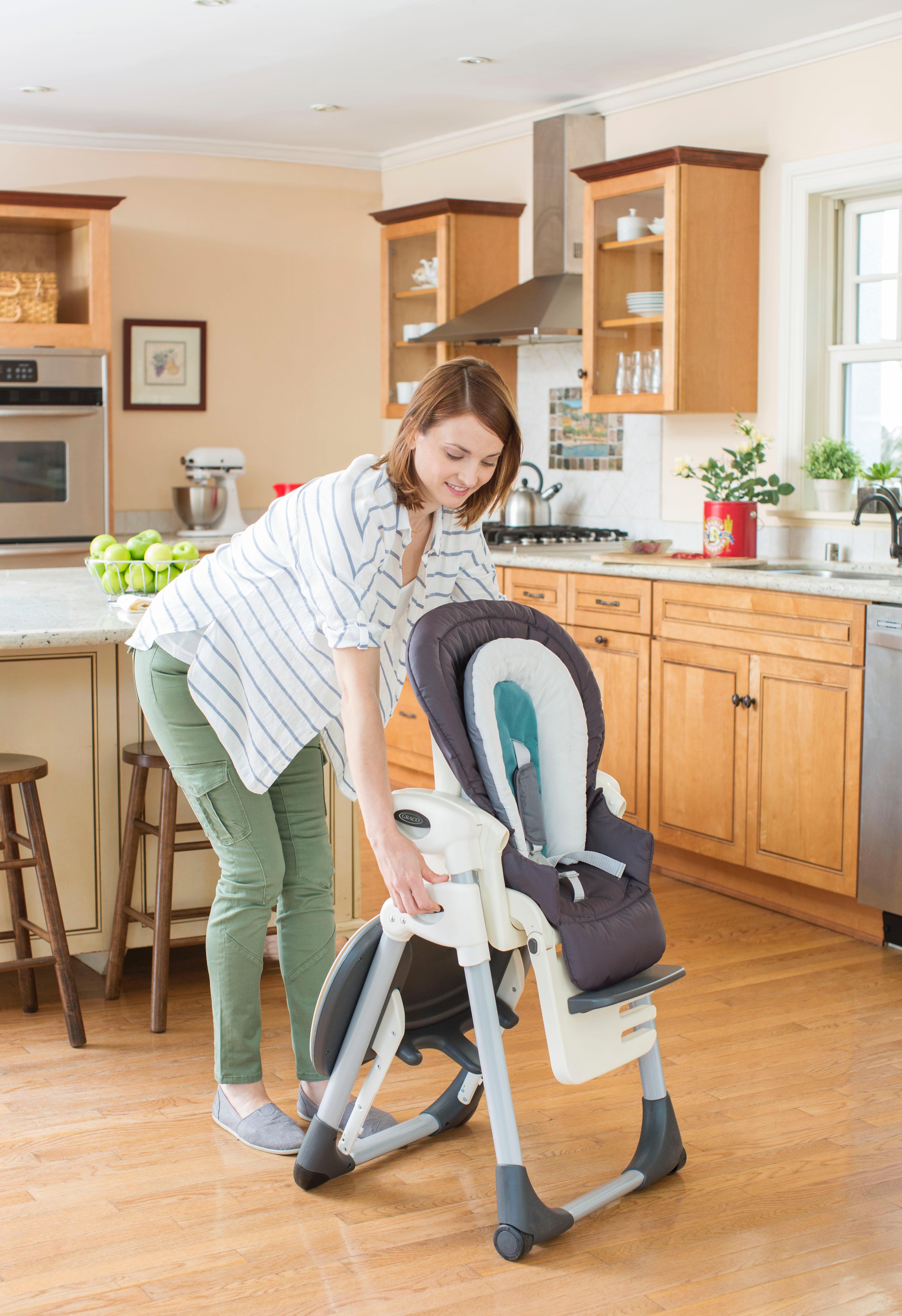 Amazon Com Graco Souffle High Chair Glacier Baby