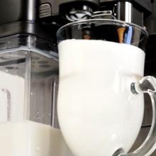 auto frothing carafe, one-touch milk drinks