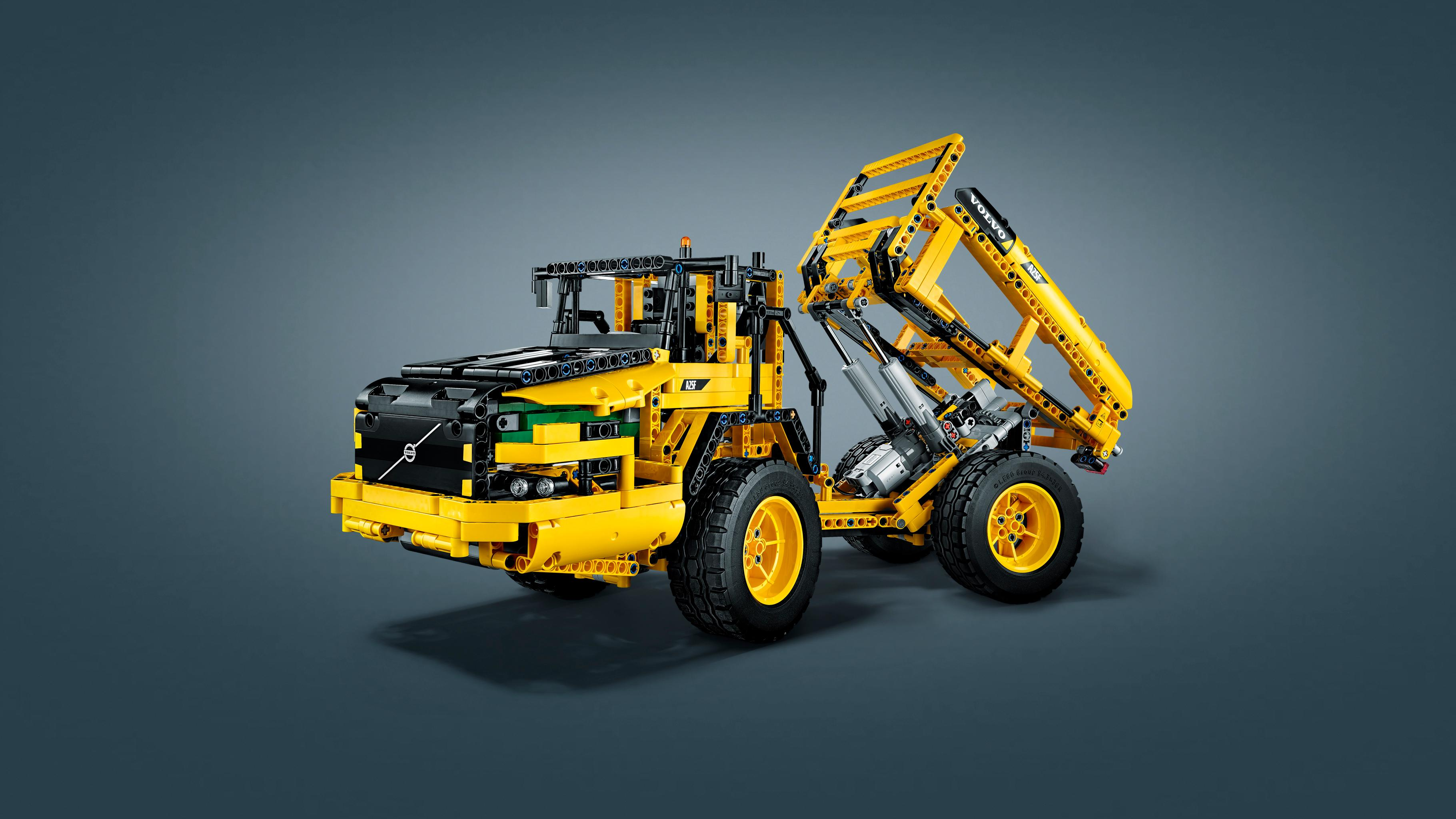 brand new lego technic volvo l350f wheel loader 42030. Black Bedroom Furniture Sets. Home Design Ideas