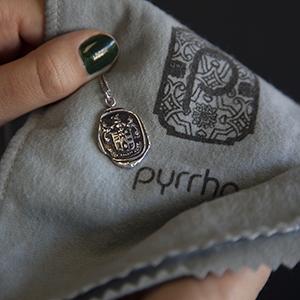 "Amazon.com: Pyrrha ""talisman"" Sterling Silver Swan Pendant"