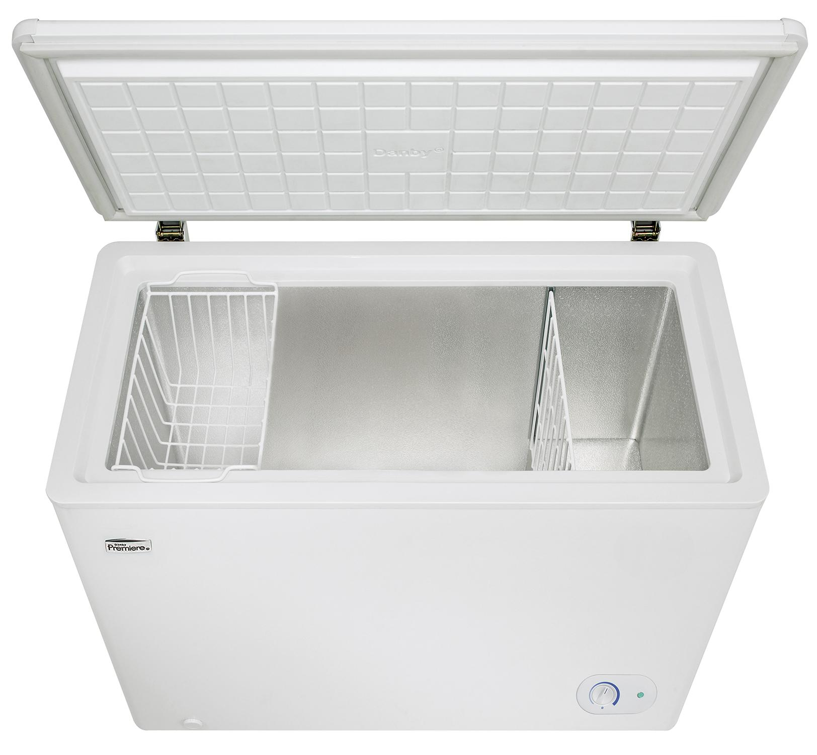 d4141dec 75f2 46cd ab53 fee7bbc9bdc5._CB309475107_ amazon com danby dcf072a2wdb1 chest freezer, 7 2 cubic feet  at readyjetset.co