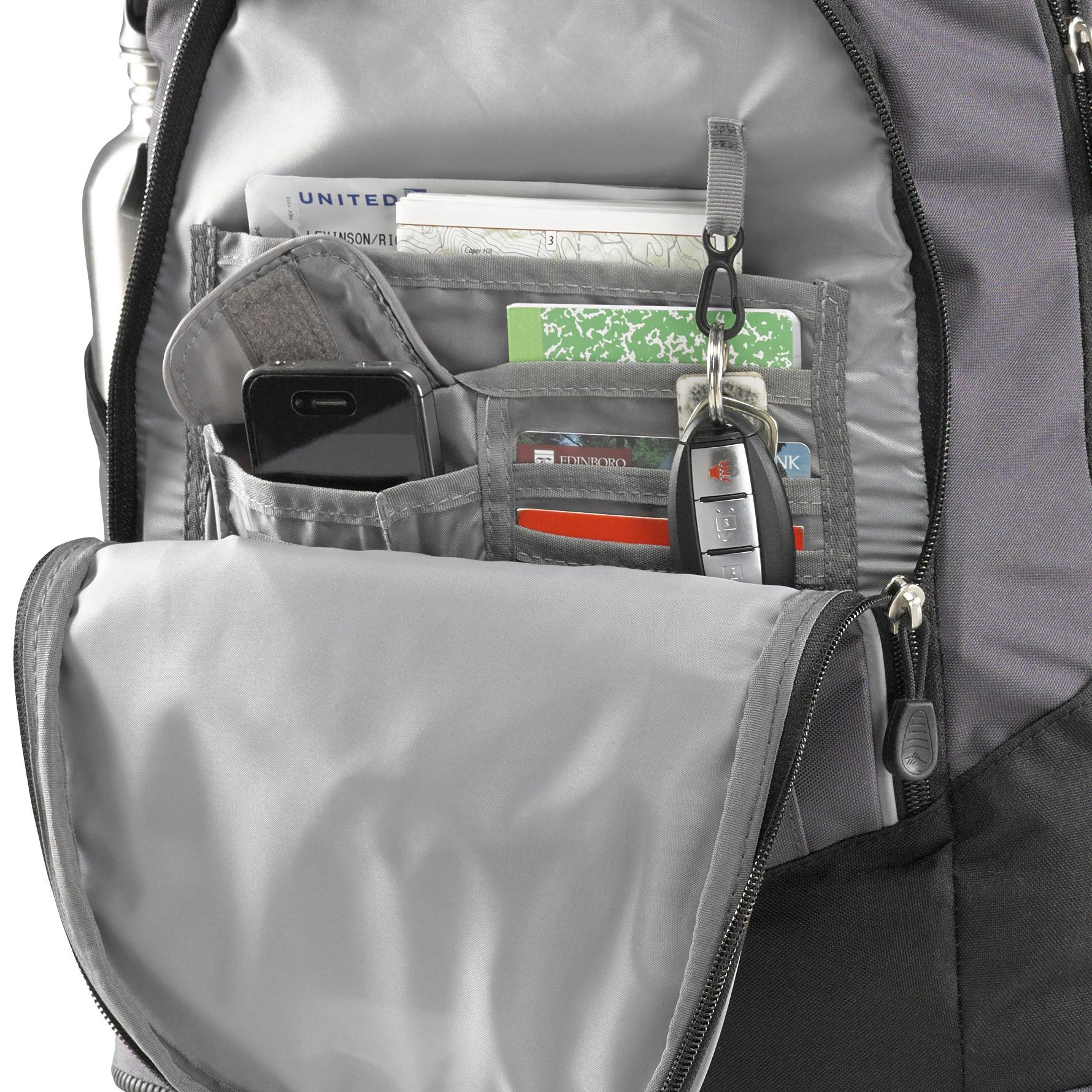 Amazon.com: High Sierra Chaser Wheeled Backpack, Kelly
