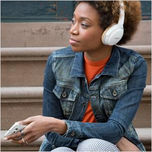 SoundLink around-ear wireless headphones