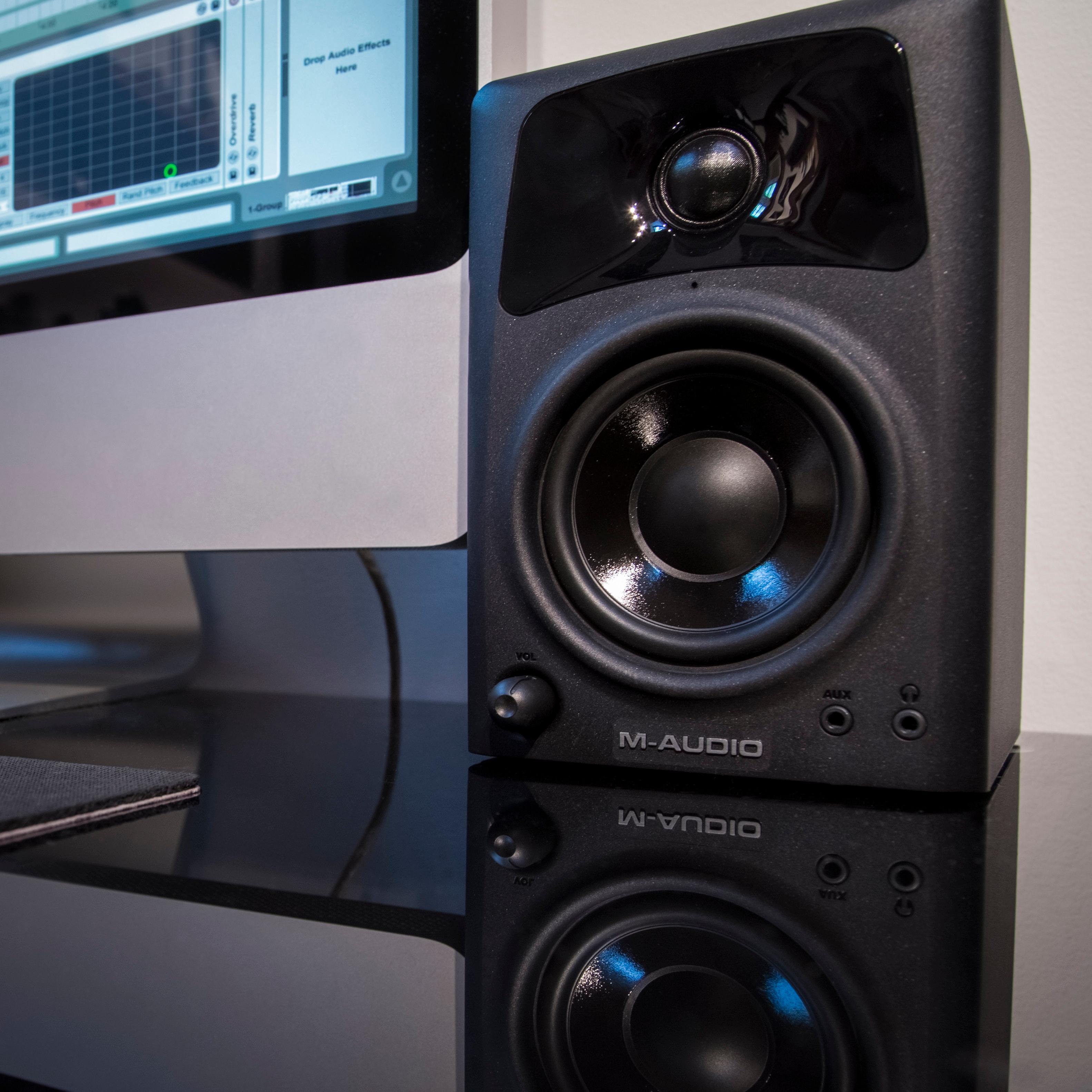 Amazon.com: M-Audio AV32 | 10-Watt Compact Studio Monitor