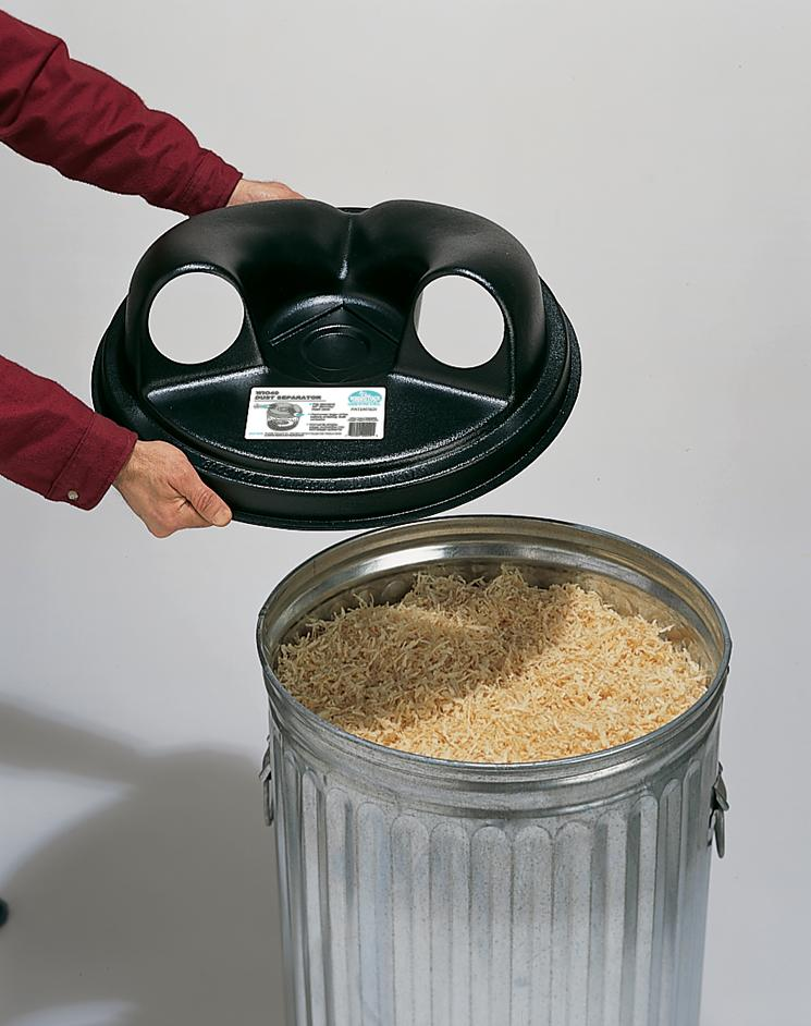 fits standard 30 gallon metal trash can designed to fit securely on
