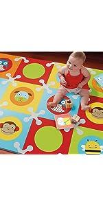 Amazon Com Skip Hop Geo Grey Cream Playspot Foam Floor Tile Playmat Chevron Baby