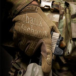 mechanix gloves, tactical gloves, shooting gloves, coyote tan military gloves