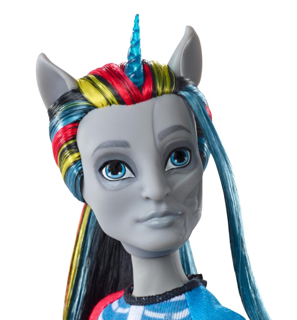 Amazon Com Monster High Freaky Fusion Neighthan Rot Doll