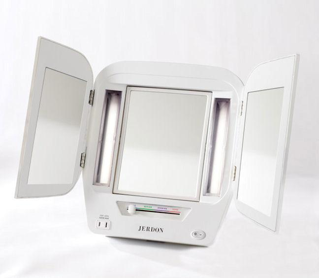 Amazon Com Jerdon Jgl10w Euro Tri Fold Lighted Mirror