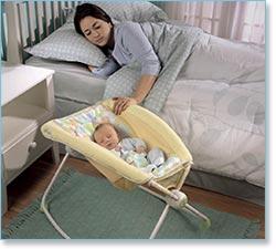 Fisher Price Newborn Rock 'n Play Sleeper, Yellow Lifestyle Shot