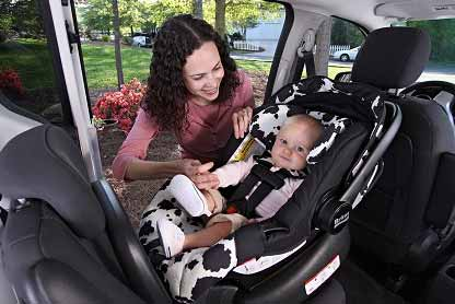 Britax E9lg12k Chaperone Infant Car Seat Red Amazon Ca Baby