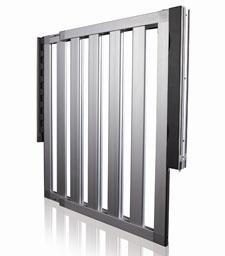 Munchkin LOFT Aluminum Gate Product Shot