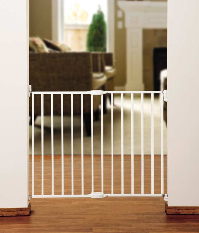 Amazon Com Munchkin Extending Metal Gate White Discontinued By