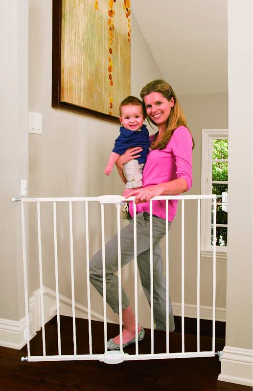 Amazon Com Munchkin Extending Metal Gate White