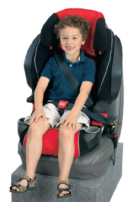 BRITAX FRONTIER 85 SICT Combination Harness 2 Booster Seat Cardinal Lifestyle Shot