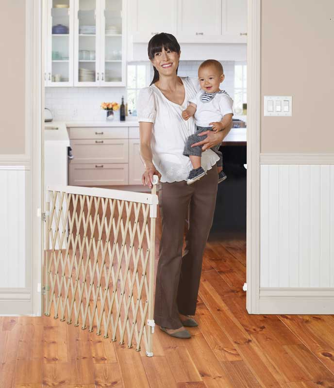 New Wood Expanding Baby Safety Gate Adjustable Wide Pet