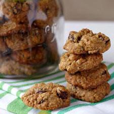 Amazingly Chewy Oatmeal Cookies