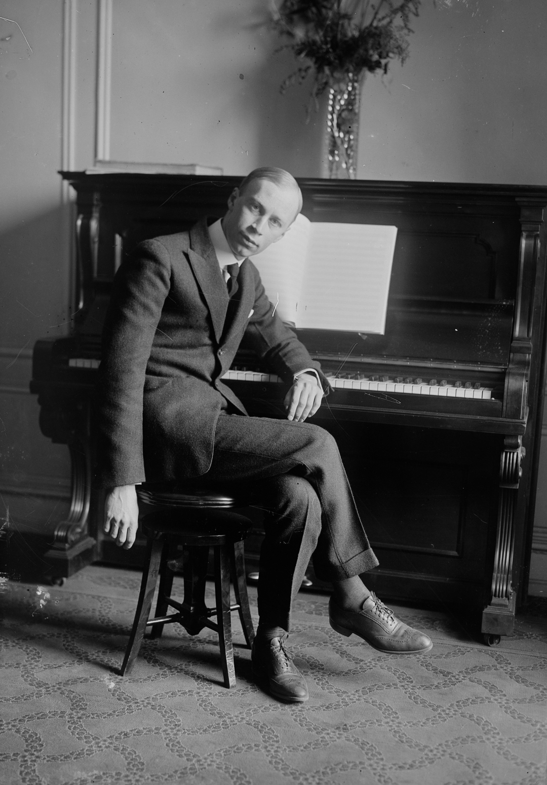short biography sergey prokofiev Prokofiev, sergey 1979,  soviet union -- biography get this comments (0) librarian's  to learn more about how to request items watch this short online video.