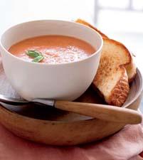 10-Minute Creamy Tomato-Basil Soup