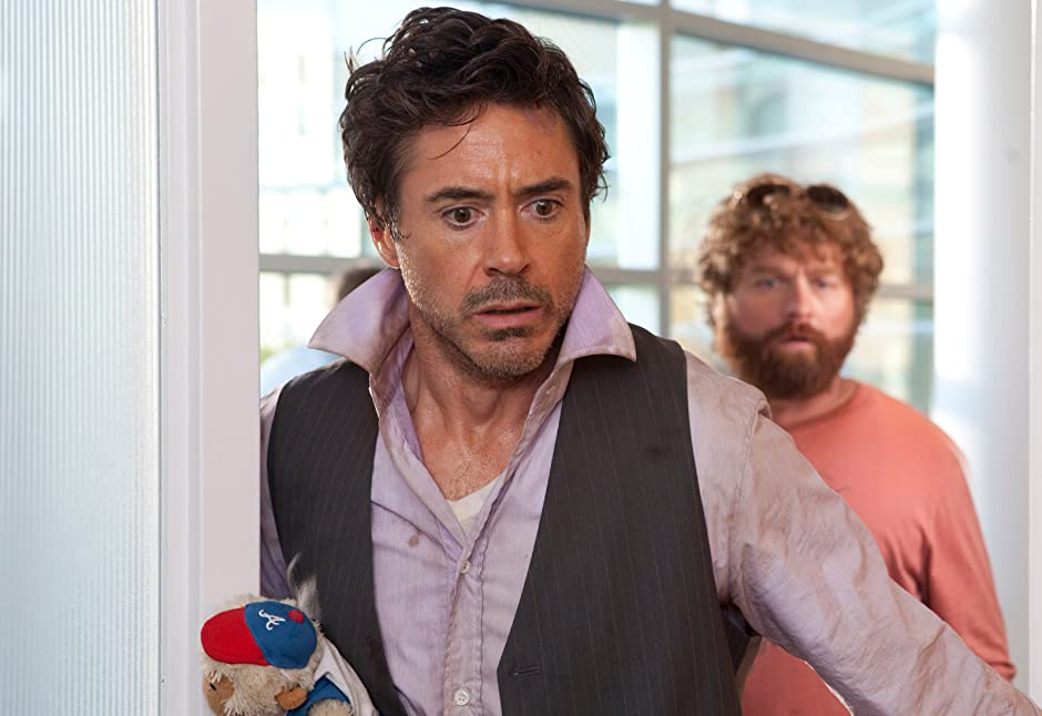 Amazon.com: Due Date: Robert Downey Jr., Zach Galifianakis, Michelle ...