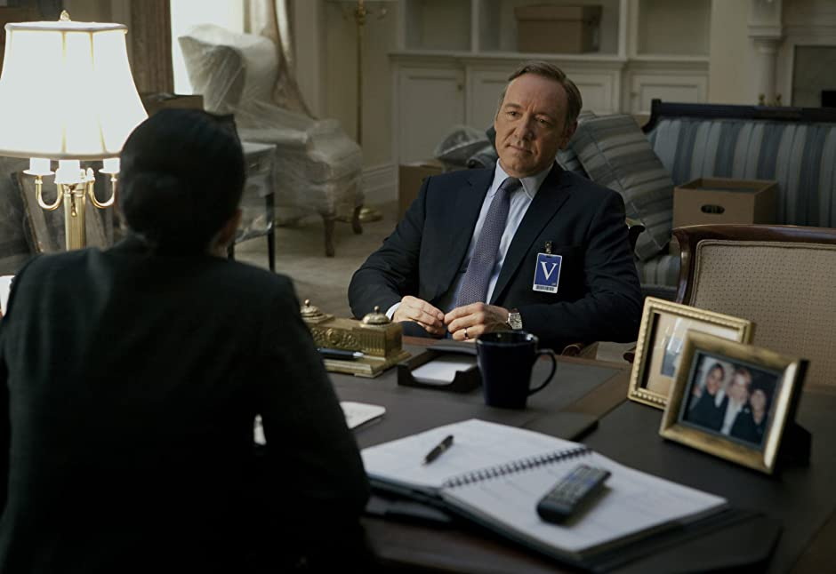 Watch House of Cards Season 4 Episode 6 - Chapter 45