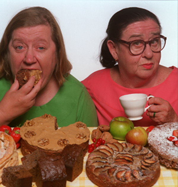 Amazon.com: Two Fat Ladies: Jennifer Paterson, Clarissa